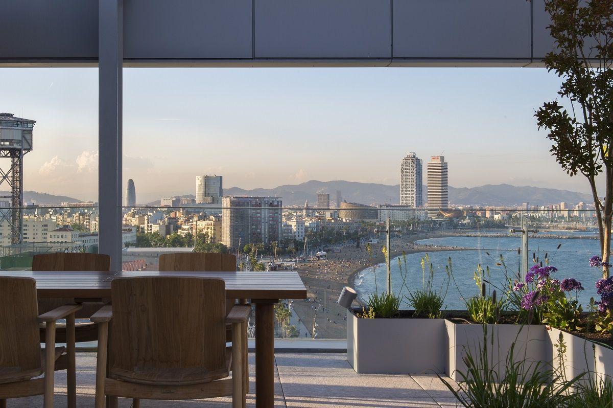 Mejores Terrazas Con Vistas Al Mar Barcelona 2020 Terrazeo